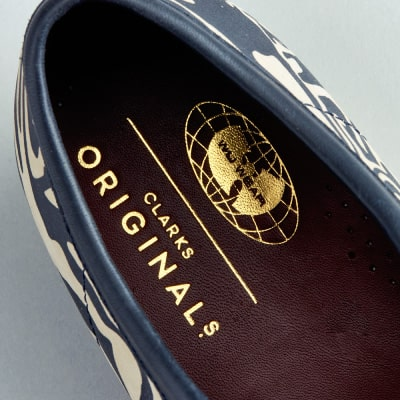 CLARKS ORIGINALS x Wu-Tang Clan ワラビーWW Lo(ネイビーマルチ)
